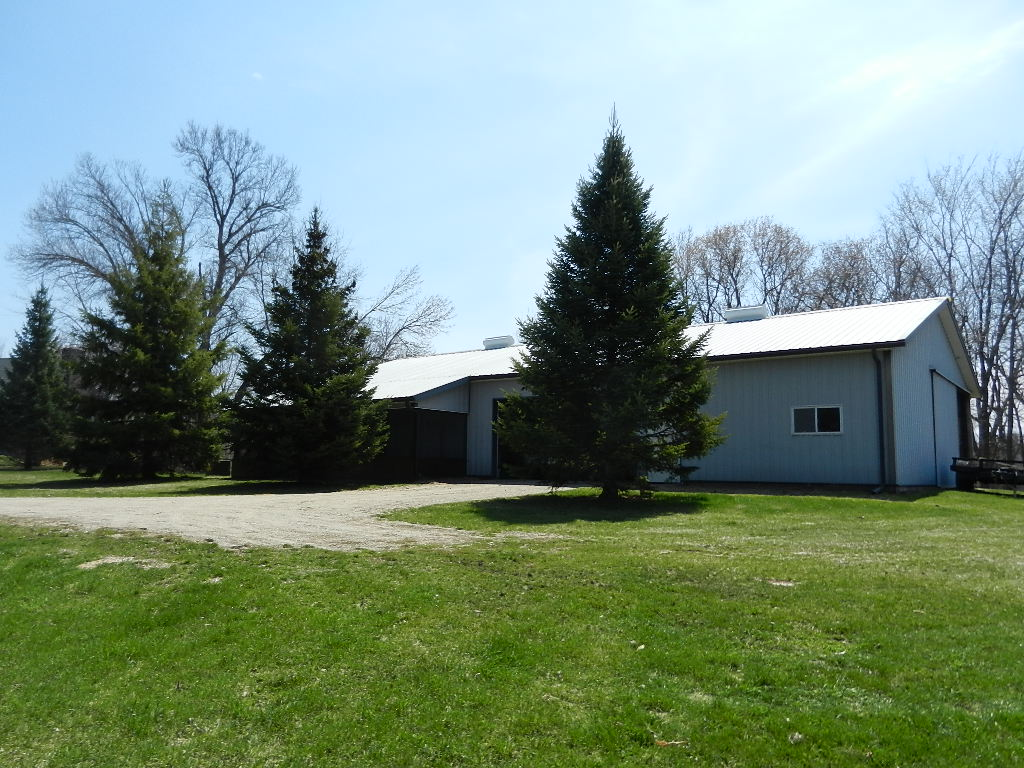 outbuildings for sale in buffalo mn